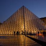 El Museo del Louvre, un museo público de arte enciclopédico