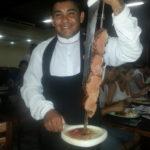 ¿Amante de las carnes? Te recomendamos lugares con show de carnes