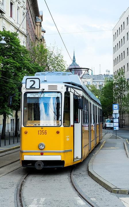 Ofertas de viajes a Budapest: Tren en Budapest