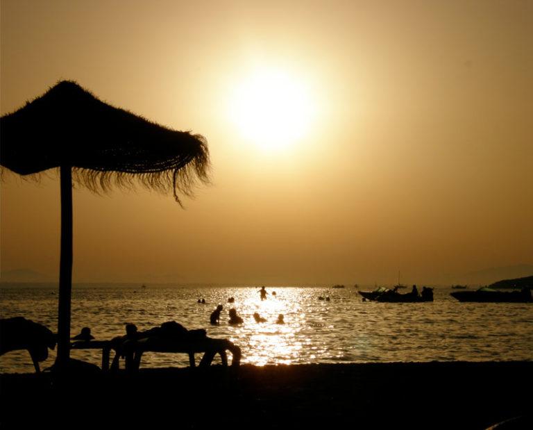 Ofertas de Hoteles en la Costa Cálida: Playa soleada en la Costa Cálida