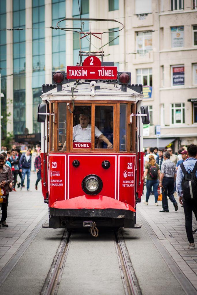 Ofertas de Hoteles baratos en Estambul: Cómo llegar a Estambul