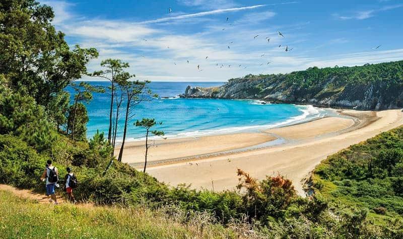 Ofertas de Hoteles en la Costa Verde: Playa soleada en la Costa verde